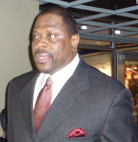 File:Patrick Ewing Magic cropped.jpg