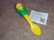 Tweety kraft spoon