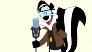 Pepe le Pew in Looney Tunes Rabbits Run