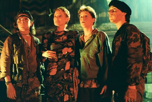 File:Edgar, lucy, sam and alan frog.jpg