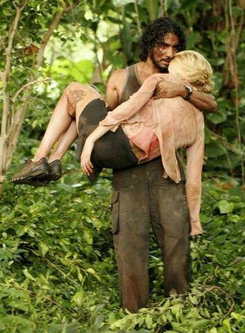 File:Sayid carrying Shannon.jpg