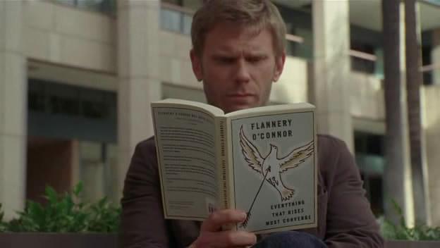 File:5x16 Jacob reads a book.jpg