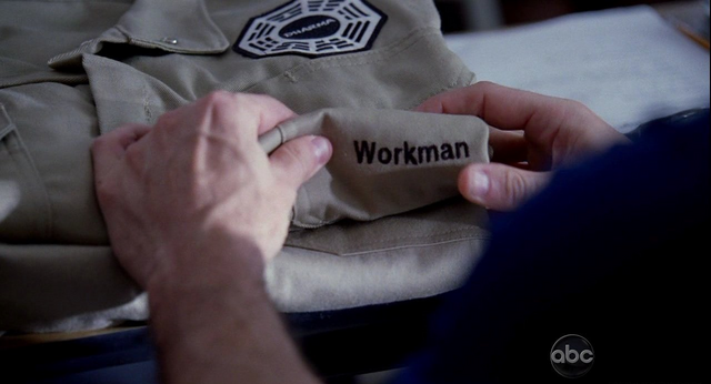 File:5x09 Nametag burn.png