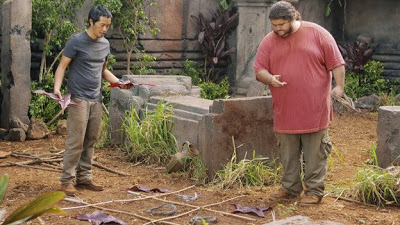 File:Miles and Hurley 6x05.jpg