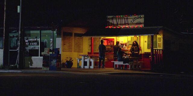 Archivo:5x13 La Vida Tacos.jpg