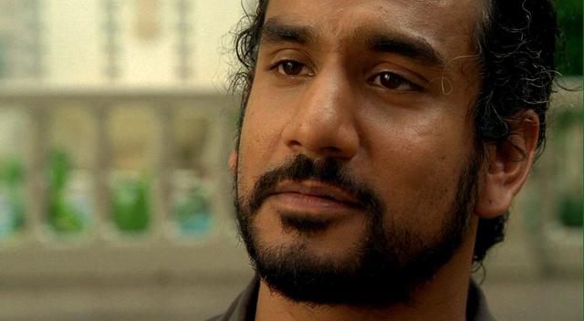 Archivo:1x21 SayidFlash.png
