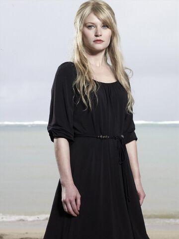 File:Lost Season4 Claire7.jpg