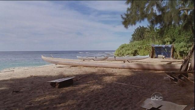 File:Canoes.jpg
