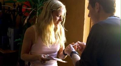 Archivo:1x10 claire.JPG