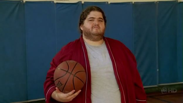 Archivo:4x01 HurleyBasketball.jpg
