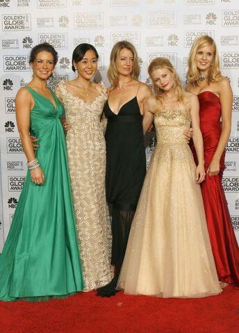 File:The women of LOST.jpg