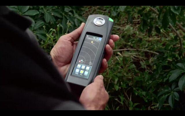 File:SatPhone5Charlotte3kmFromNaomi'sBody.jpg