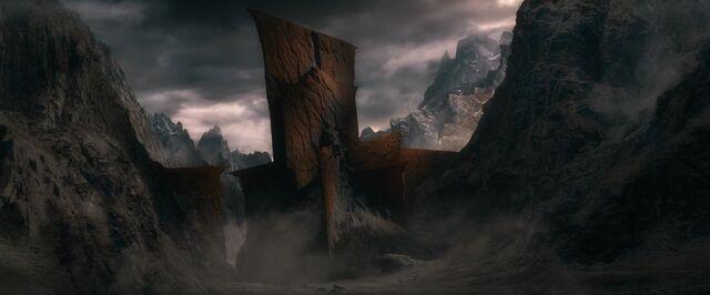 File:The.Hobbit.The.Battle.of.the.Five.Armies.2014.1080p.WEB-DL.AAC2.0.H264-RARBG-19-38-08-.JPG