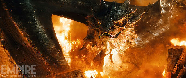 File:The-hobbit-the-battle-of-the-five-armies-smaug-1.jpg