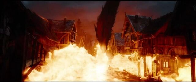 File:The Hobbit- The Battle Of The Five Armies Smaug.jpg