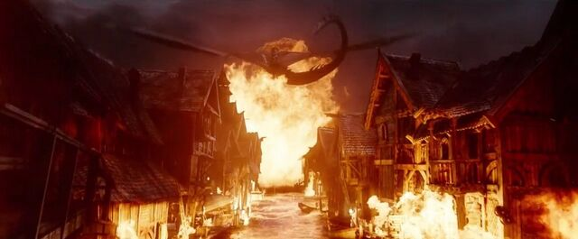 File:The Hobbit- The Battle Of The Five Armies Smaug 5.jpg