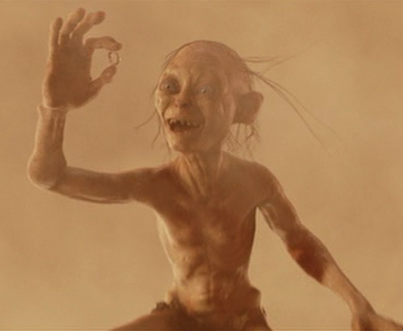 File:Gollum has the ring.png