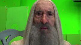 Christopher-Lee-on-The-Hobbit-as-Saruman-christopher-lee-24167452-852-481