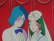 Robotech-the-macross-saga-1-25-wedding-bells-max-milia-300x228