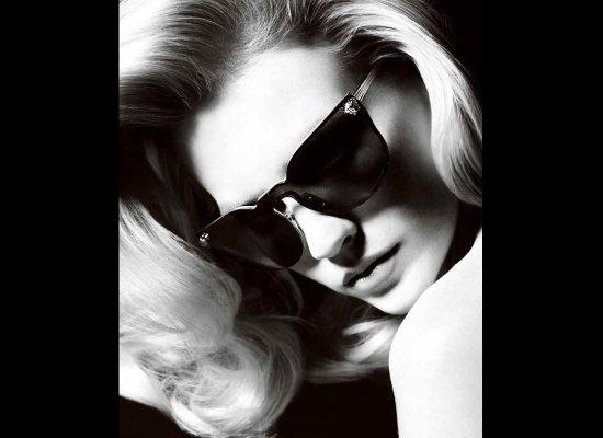 File:January Versace 3.jpg
