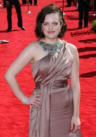 File:Elisabeth-Emmys1.jpg
