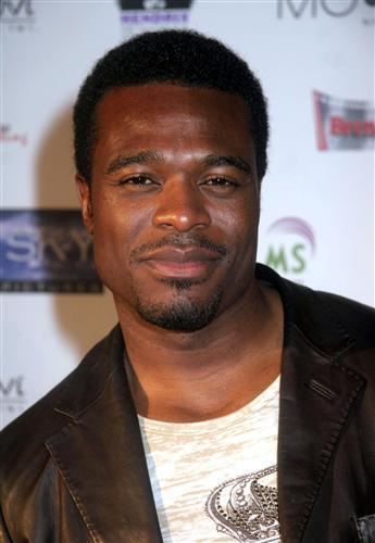 lyriq bent married