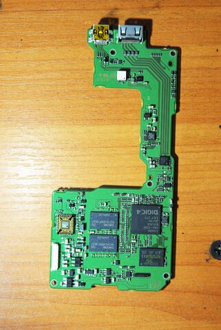 File:600D-PCB2.jpg
