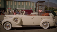 Howard Stark's Car (2x01)