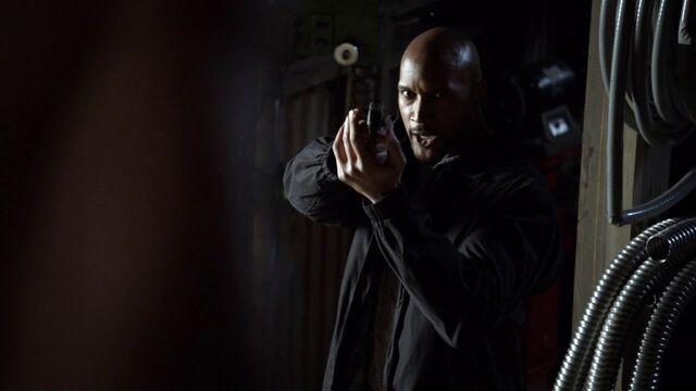 File:Mack-threatens-Coulson-gun.jpg