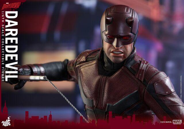 File:Daredevil Hot Toys 19.jpg