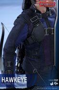 Hawkeye Civil War Hot Toys 21