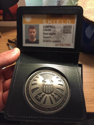 File:BTS Lincoln's Badge.png