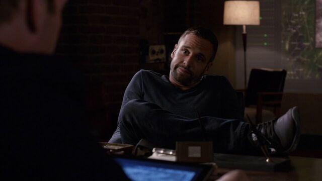 File:Lance-Hunter-Coulson's office.jpg