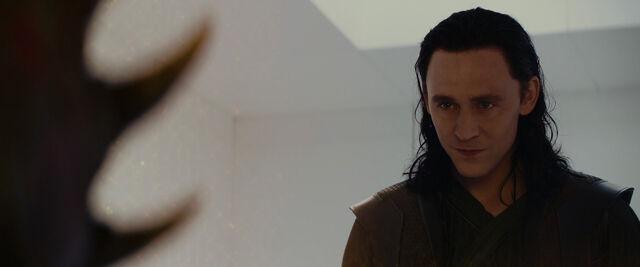 File:Loki-meets-Kurse.jpg