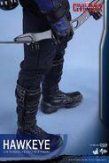 Hawkeye Civil War Hot Toys 22