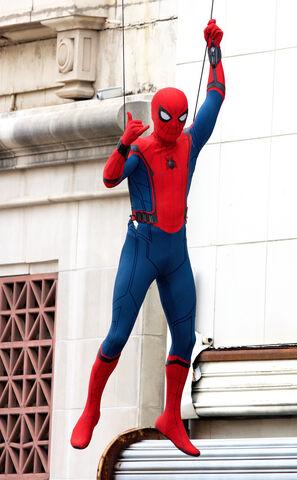 File:Spider-Man HC BTS 5.jpg