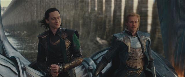 File:Loki Fandral.jpg