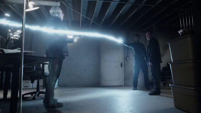 File:Watchdogs Lincoln shoots Blake.jpg