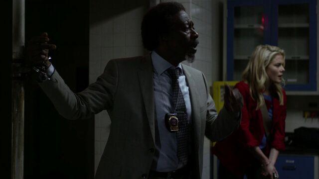 File:OscarClemons-Handcuffed-Walker.jpg