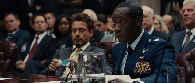 File:Ironman2 movie phone 03-1-.jpg