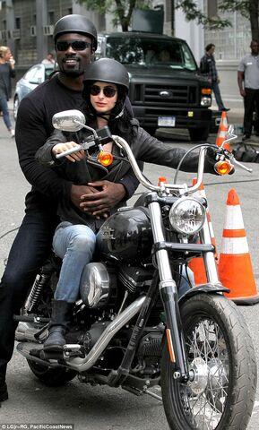 File:Jessica Jones set photo 3.jpg