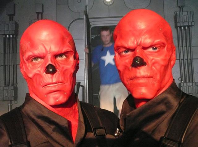 File:Red Skull BTS 3.png