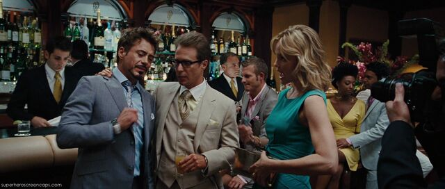 File:Tony-with-justin-hammer.jpg