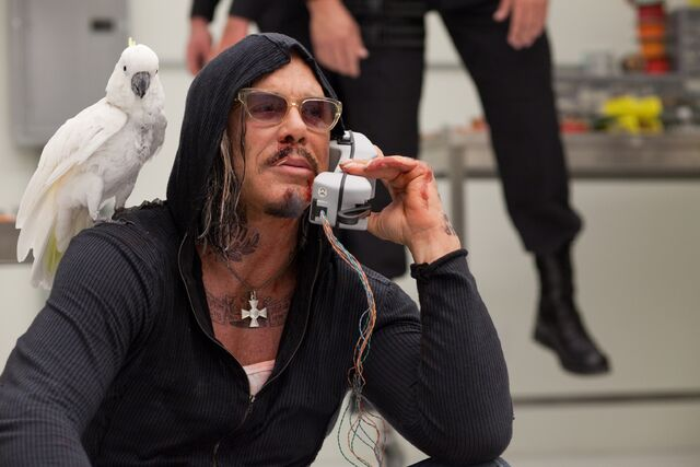 File:Mickey-Rourke-as-Ivan-Vanko-Whiplash-in-Iron-Man-2.jpg