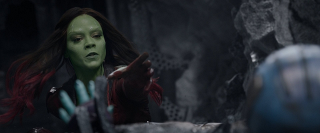File:Gamora-tries-to-save-Nebula.png