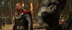 Thor-Fights-Korg-Dark-World