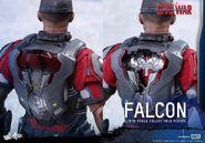 Falcon Civil War Hot Toys 21