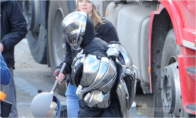 File:Ultron Set 8.jpg