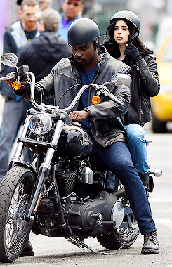 File:Jessica Jones Luke Cage set photo 2.png