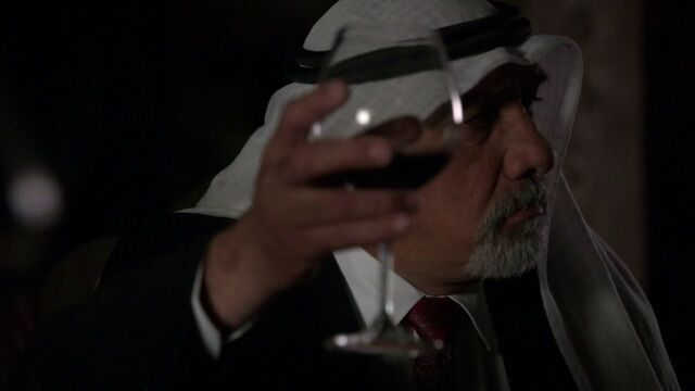 File:Sheikh-Raises-Glass.jpg
